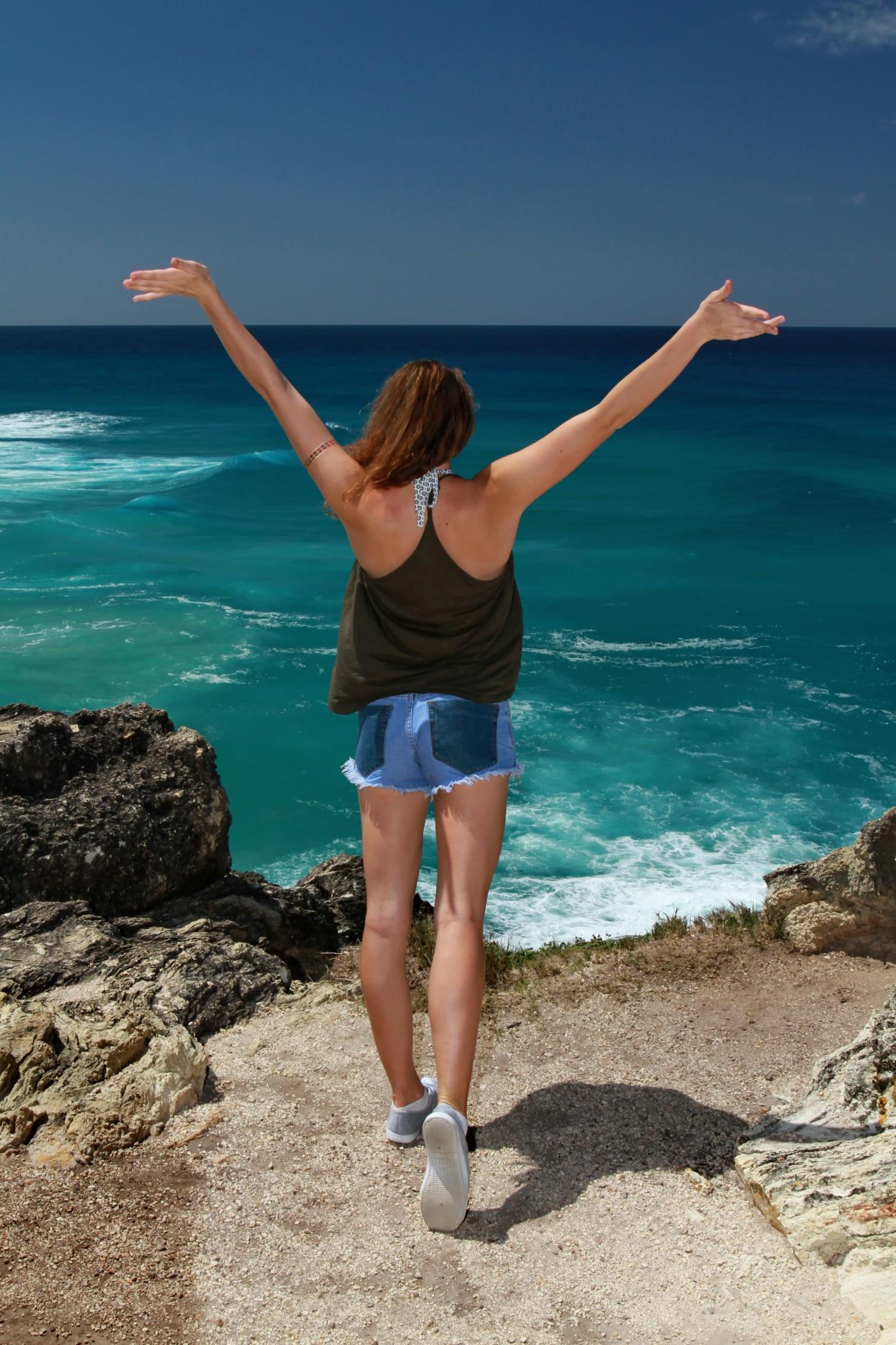 Sarah Tite - Australia-Beach.jpg