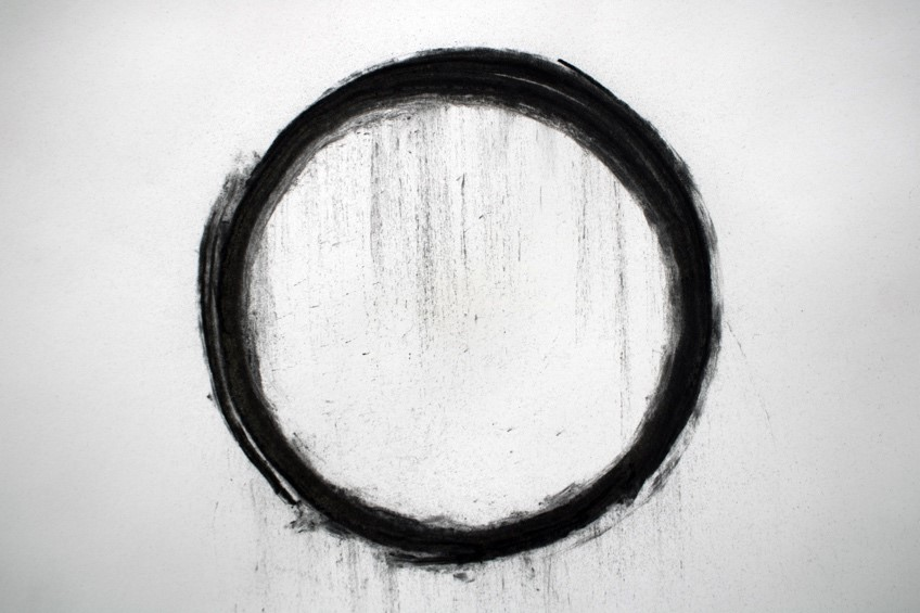 Lucrezia Di Canio, (2018). Wrist Circle Charcoal on paper. 29.7 x 21 cm